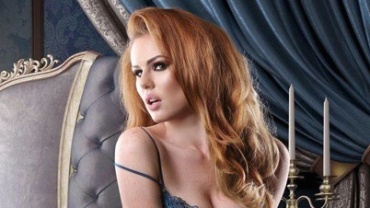 Elle – our newest model